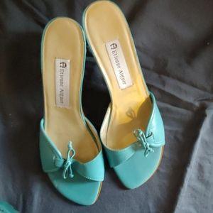 Low slide heels